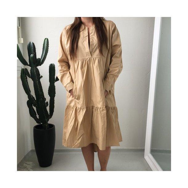 SisterS Point Ento Dress - Carmel